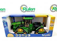 машинка іграшкова - трактор John Deere на гусеницях 04055 (Bruder, Германия)